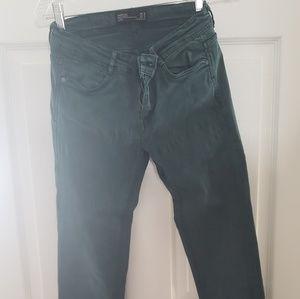 Women's skinny jean